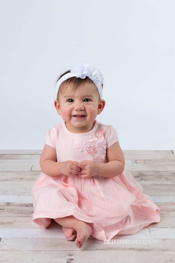 Akron Cleveland Newborn Baby Family Kids Photographer Kriste Radicelli Sweet Studios Photography